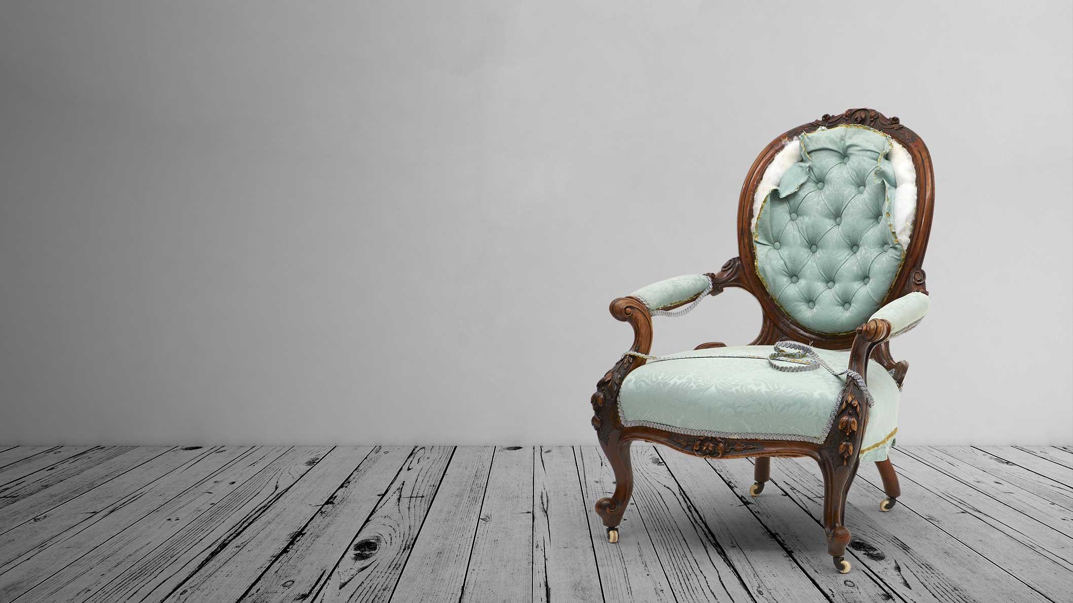 Antieke stoel stofferen ambachtelijke meubelstoffeerder abb