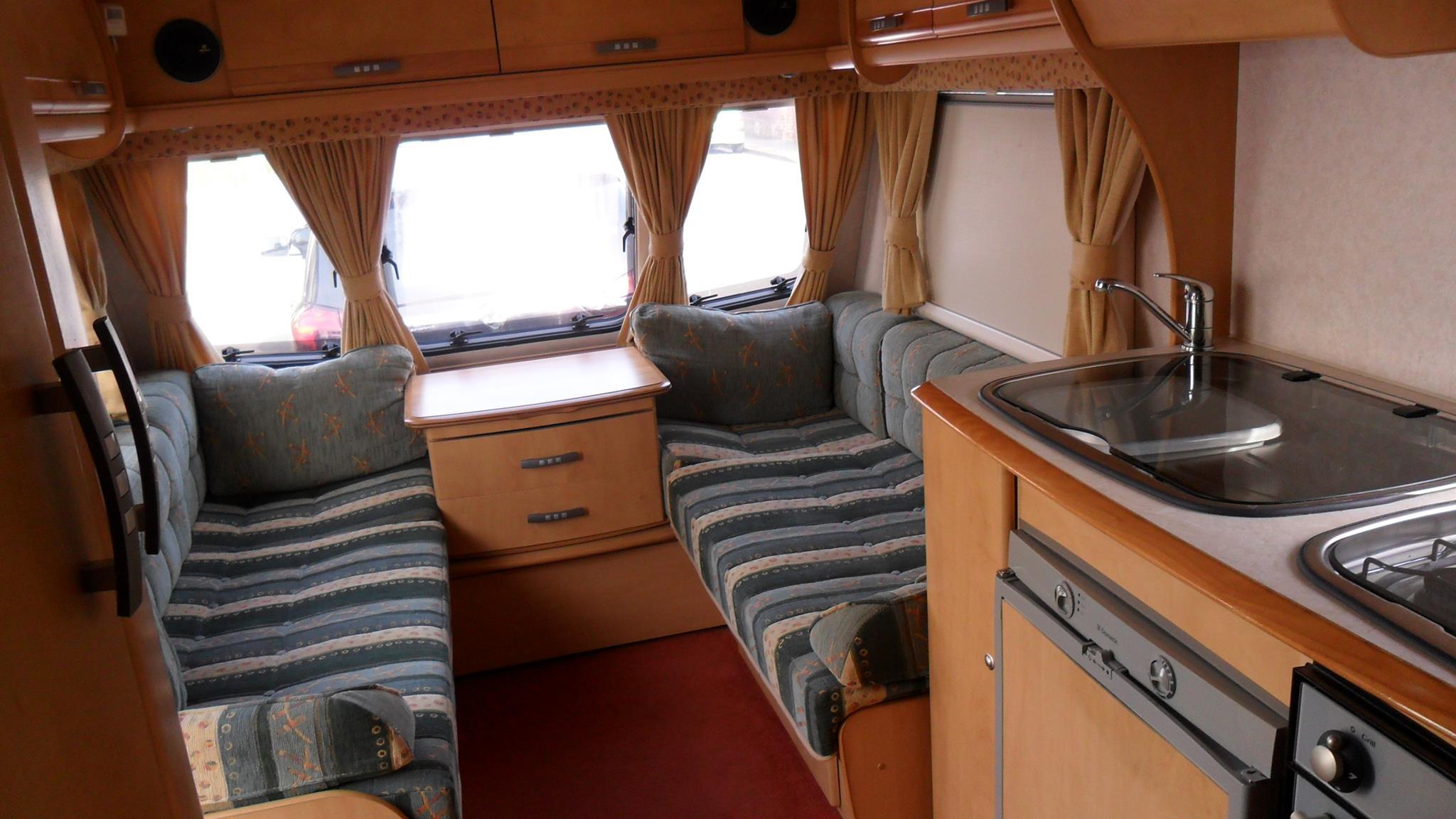 Bekleden Kussens Caravan : Caravan kussens maatwerk ambachtelijke meubelstoffeerder abb